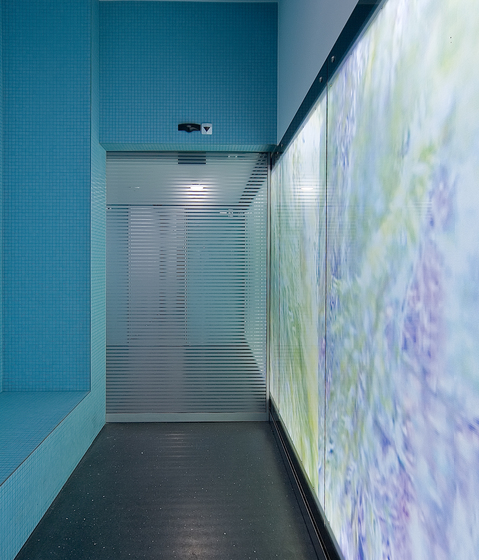 Brandingwall - Light walls by BURRI