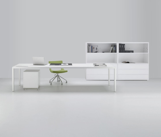 Desk by MDF Italia