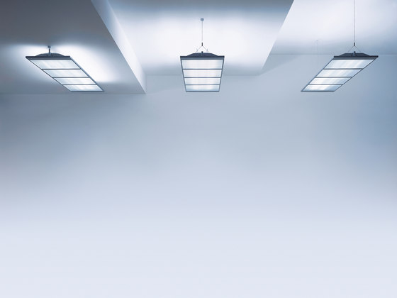 VAERO Luminaire waveguide de Zumtobel Lighting