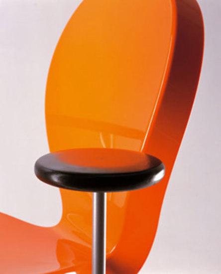 Eight O'Chair by WIENER GTV DESIGN
