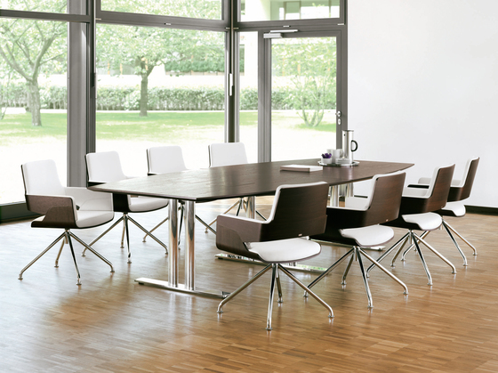 S 845 D by Thonet