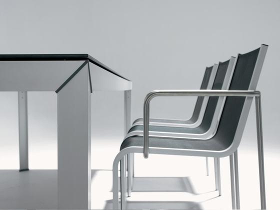 Extempore Still chair by extremis