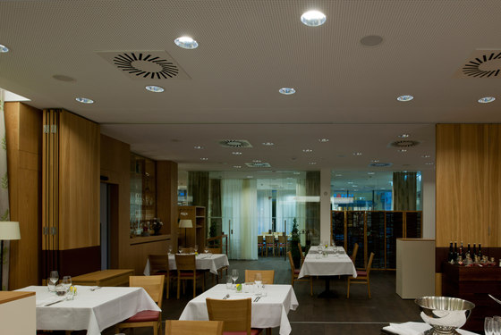 PANOS Q HL 250 by Zumtobel Lighting