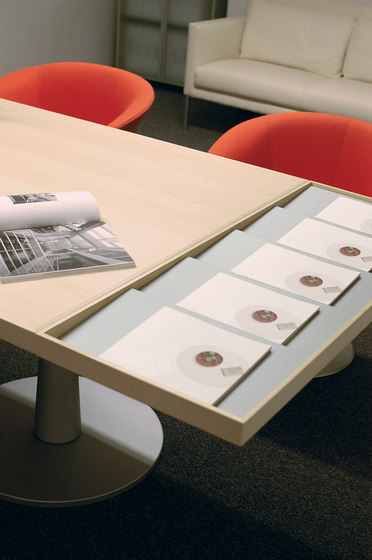 I|X Low Table by Nurus