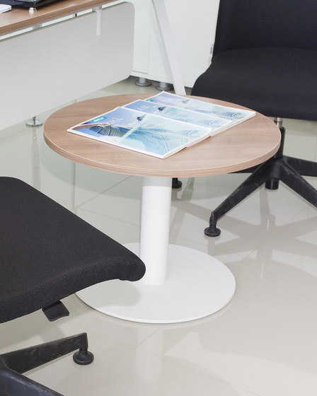 Silva Desk by Nurus