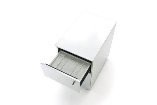 AIR FRAME drawer di IXC.