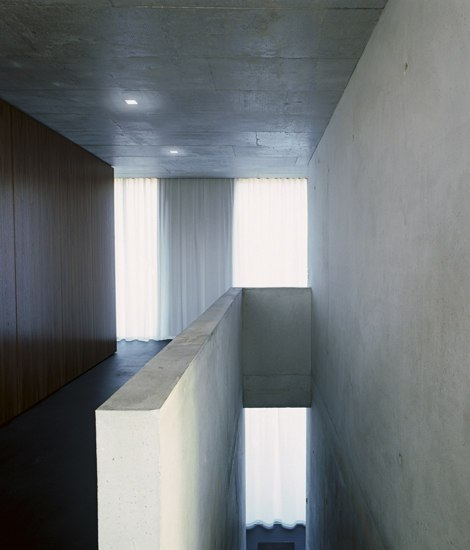 Frameless Wall by Nimbus