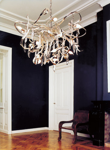 Delphinium customised gold walllamp by Brand van Egmond