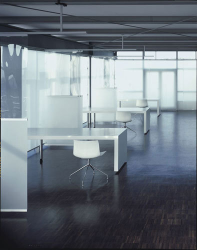Profil 22 open-plan room divider by Rosso