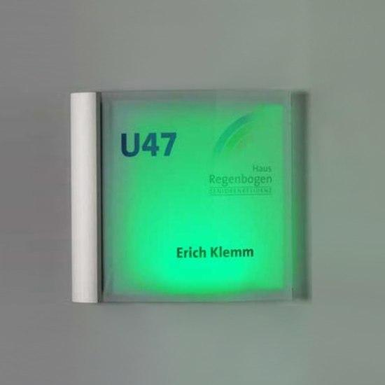 system seven LED door plate de Meng Informationstechnik