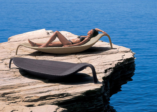 Leaf Beach chair XXL by DEDON