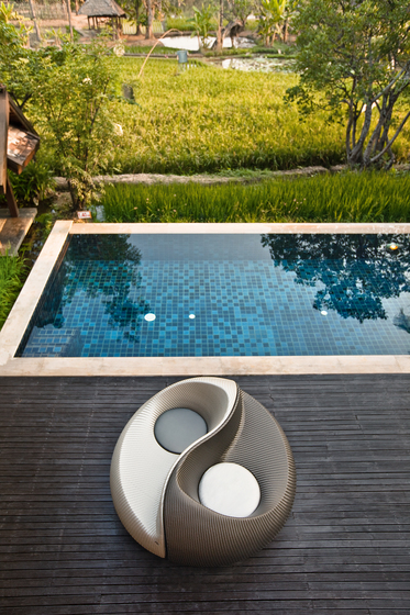 Yin Lounge chair by DEDON