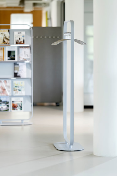 Focus coat rack by Cascando