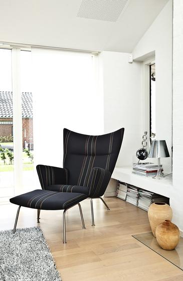 CH445 Wing Chair von Carl Hansen & Søn