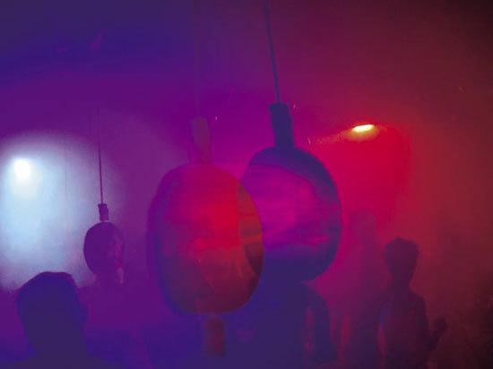 Light Club von STILETTO DESIGN VERTReiB