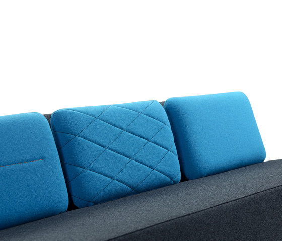 Playback sofa de OFFECCT