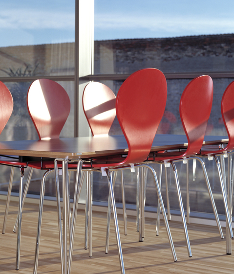 Rondo upholstered seat de Danerka