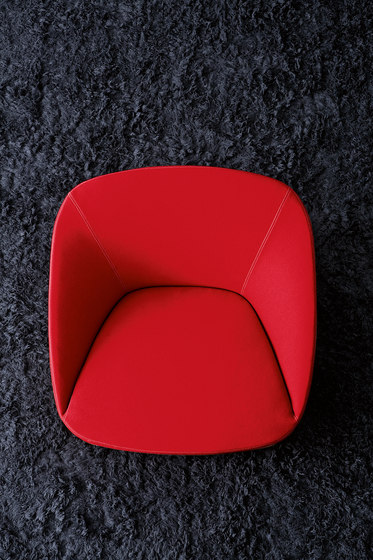 Bucket | 90 Armchair by spHaus