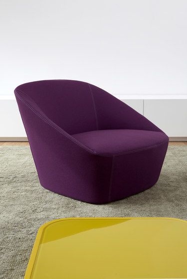Bucket | 220 Sofa by spHaus