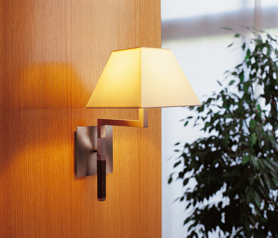 Carlota wall light by BOVER