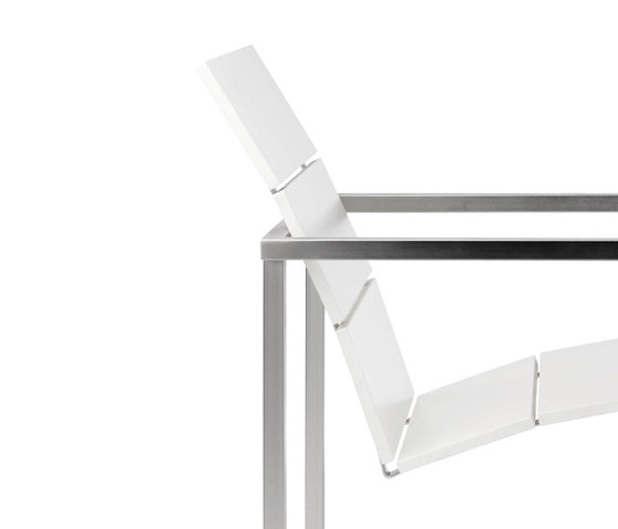 Natal Techno Table by Tribu