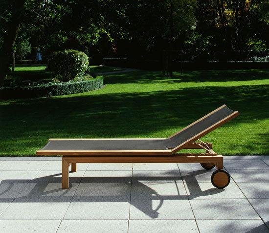 Pure Extendable table de Tribu
