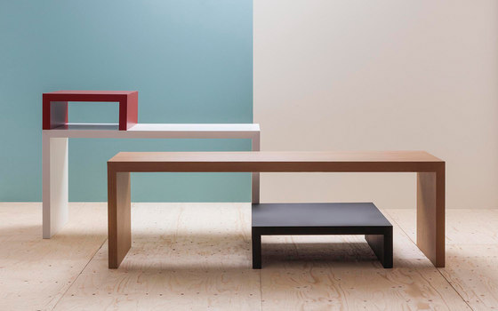 Closed Table ME 6621 by Andreu World