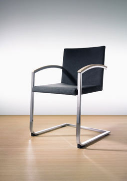 sign chair di Wiesner-Hager