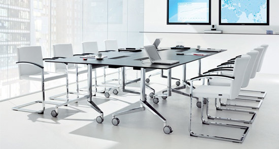flex-table Medienwagen von Wiesner-Hager