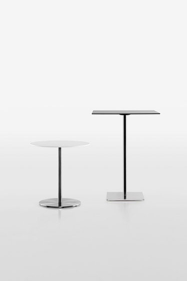 Slim table base 9446-01 by Plank