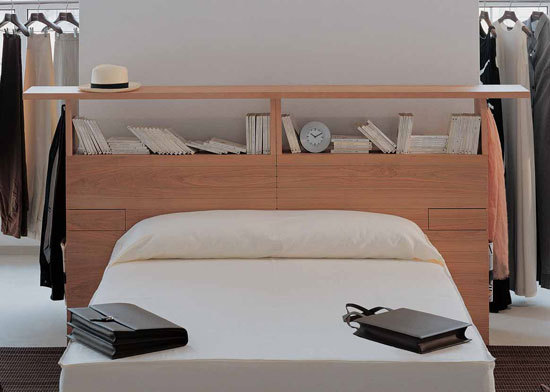 Echate head board by Temas V
