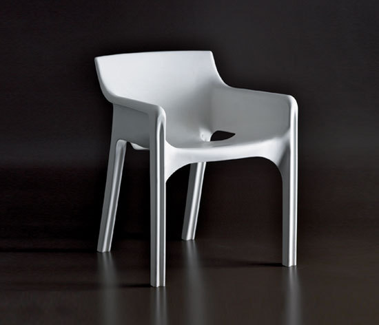The New Gaudi Chair by Heller