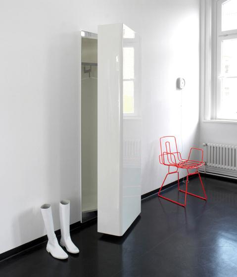 TURN Pivoting coat stand by Schönbuch