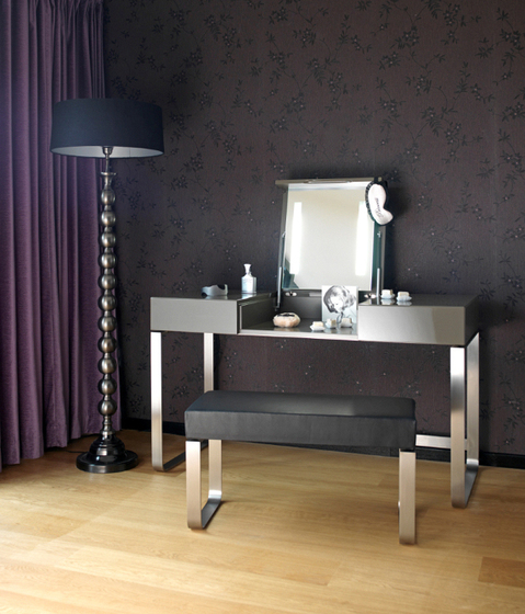 HESPERIDE Make-up table by Schönbuch