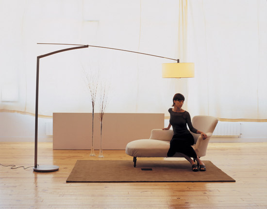 Balance 5190 floor lamp by Vibia