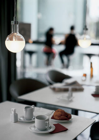 Nobel 2067 pendant lamp by Vibia