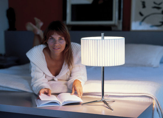 Plis 5120 floor lamp by Vibia