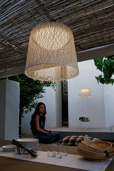 Wind 4076 Pendant lamp by Vibia
