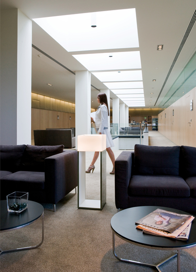 Kubika 2300 Floor lamp by Vibia