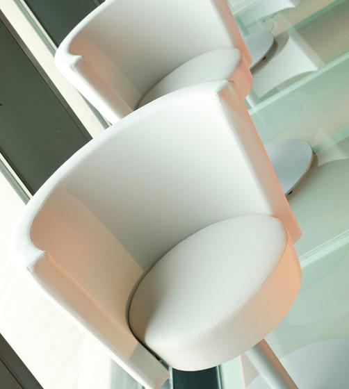 Konic swivel chair di ENEA