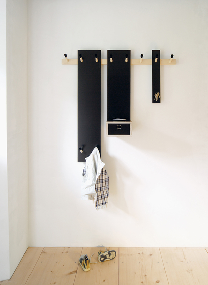 Rechenbeispiel children coat rack by Moormann