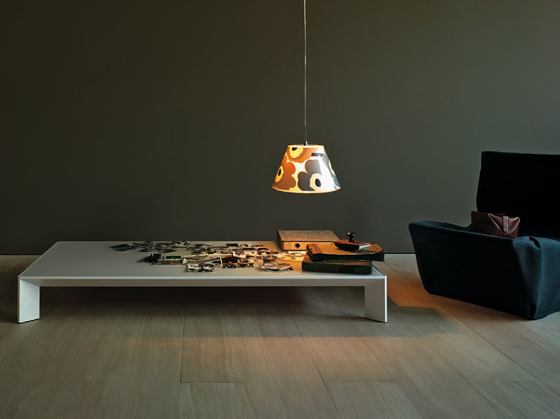 Mac square table by Desalto