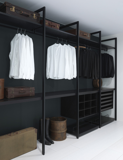 Storage Walk In Closet By Porro Product
