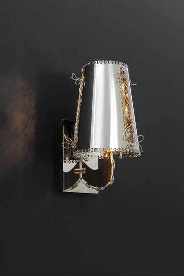 Lola wall lamp by Brand van Egmond