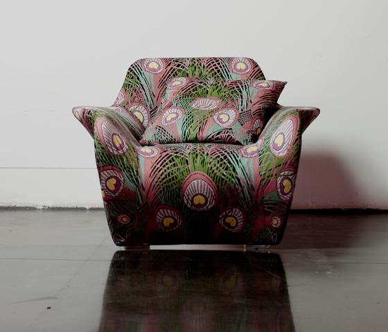 Femme Armchair by ARFLEX