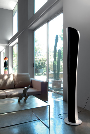 Cadmo Floor Lamp by Artemide