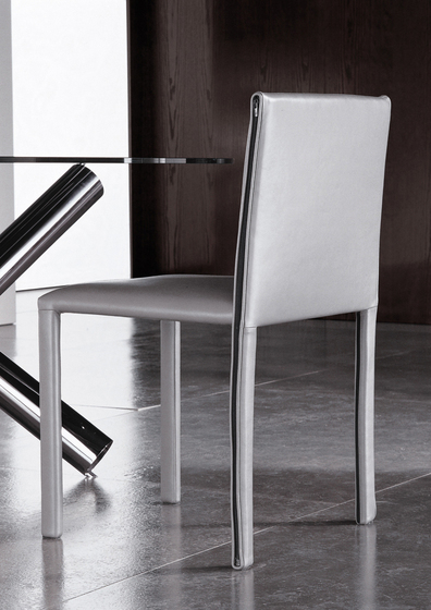 Roma Chair by Minotti