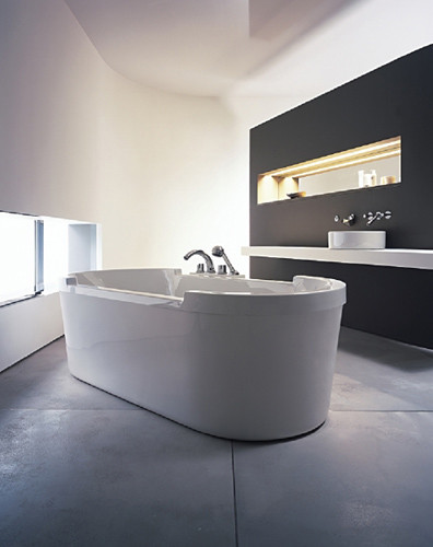 starck bathtub built in bathtubs from duravit architonic. Black Bedroom Furniture Sets. Home Design Ideas
