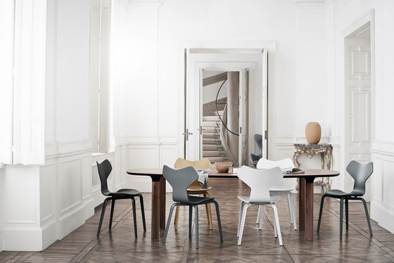 Grand Prix™ | 3130 by Fritz Hansen