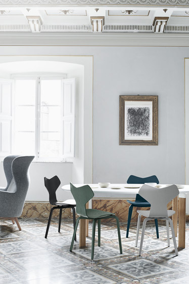 Grand Prix™ | 3130 coloured ash de Fritz Hansen